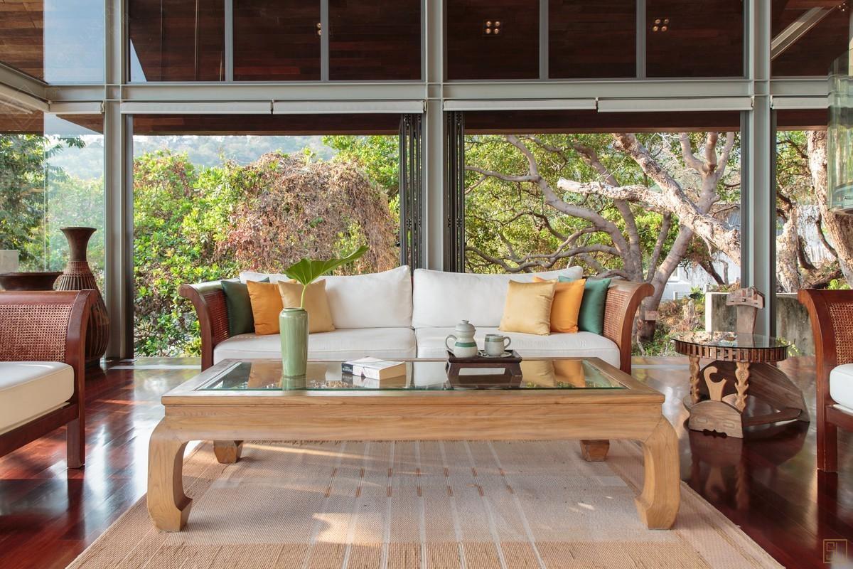泰国普吉岛萨姆萨拉-洛梦池别墅沙发